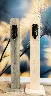 Desinfectiezuil van steigerhout inclusief dispenser en alcoholgel